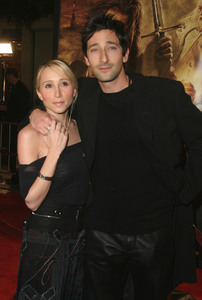 """""""Lord of the Rings: The Return of the King"""" Premiere 12-03-2003Adrian Brody and girlfriend Michelle DupontMPTV - Image 21590_0442"""