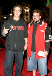 """""""Lord of the Rings: The Return of the King"""" Premiere 12-03-2003Jason Mewes and Kevin SmithMPTV - Image 21590_0458"""