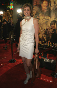 """""""Lord of the Rings: The Return of the King"""" Premiere 12-03-2003Lucy LawlessMPTV - Image 21590_0461"""