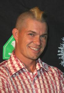 """Rock Da House Fashion Show""10-27-2003Adrian Young of No DoubtMPTV - Image 21590_0468"