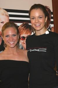 """MAC Aids Fund & VIVA GLAM""  12/1/03Brittany Snow & Rachel BostonMPTV - Image 21590_0562"