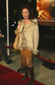 """""""The Girl with the Pearl Earring"""" (Premiere)Jacqueline Bisset12-10-2003 - Image 21590_0603"""