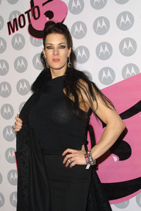 """5th Annual Motorola Anniversary Party"" 12/4/03Joanie Laurer  MPTV - Image 21590_0606"