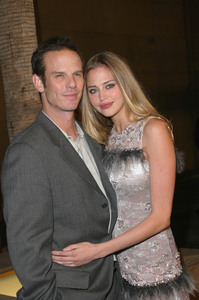 """The Cooler"" Premiere 11/24/03Peter Berg & Estella WarrenMPTV - Image 21590_0645"