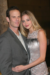 """The Cooler"" Premiere 11/24/03Peter Berg & Estella WarrenMPTV - Image 21590_0647"