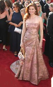 """55th Annual Primetime Emmy Awards"" 9/21/03Debra MessingMPTV  - Image 21590_0749"