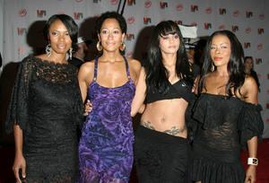 """1st Annual Vibe Awards"" 11/20/03Golden Brooks,Tracee Ellis Ross, Persia White & Jill Jones MPTV - Image 21590_0756"
