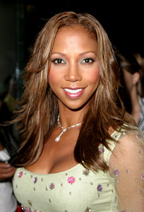 """5th Annual Family Television Awards""  08/14/03Holly Robinson PeeteMPTV - Image 21590_0758"