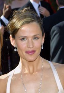 """55th Annual Primetime Emmy Awards"" 9/21/03Jennifer GarnerMPTV  - Image 21590_0763"