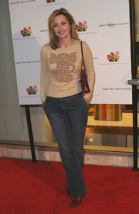 Elizabeth Glaser Pediatric AIDS Foundation fundraiser at Neiman Marcus 12/10/03Sharon Lawrence MPTV - Image 21590_0812