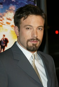 """Paycheck"" Premiere 12/18/03Ben AffleckMPTV - Image 21590_0835"