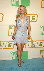"""VH1 Big in 2003 Awards"" 11-20-03Alison SweeneyMPTV  - Image 21590_0901"