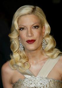 """Vanity Fair Post Oscar Party""Tori SpellingMorton"