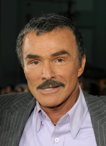 """The Longest Yard""  (Premiere)Burt Reynolds   05/19/05Grauman"