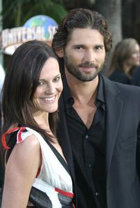 """Hulk"" (Premiere)Erica Bana with wife Rebecca Gleeson06-17-2003 / Universal Amphitheatre / Hollywood, CA - Image 21590_1036"