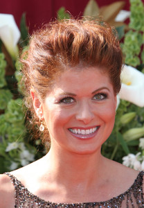 """The 57th Annual Primetime Emmy Awards""Debra Messing09-18-2005 / Shrine Auditorium / Los Angeles, CA - Image 21590_1107"