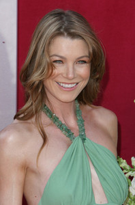 """The 57th Annual Primetime Emmy Awards""Ellen Pompeo09-18-2005 / Shrine Auditorium / Los Angeles, CA - Image 21590_1116"