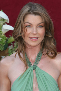 """The 57th Annual Primetime Emmy Awards""Ellen Pompeo09-18-2005 / Shrine Auditorium / Los Angeles, CA - Image 21590_1117"