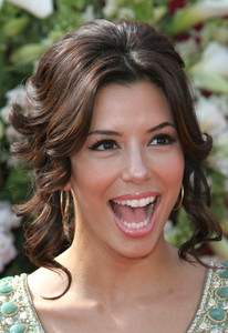 """The 57th Annual Primetime Emmy Awards""Eva Longoria09-18-2005 / Shrine Auditorium / Los Angeles, CA - Image 21590_1123"