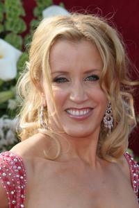 """The 57th Annual Primetime Emmy Awards""Felicity Huffman09-18-2005 / Shrine Auditorium / Los Angeles, CA - Image 21590_1131"