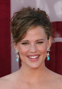 """The 57th Annual Primetime Emmy Awards""Jennifer Garner09-18-2005 / Shrine Auditorium / Los Angeles, CA - Image 21590_1154"