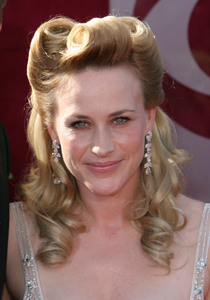 """The 57th Annual Primetime Emmy Awards""Patricia Arquette09-18-2005 / Shrine Auditorium / Los Angeles, CA - Image 21590_1181"