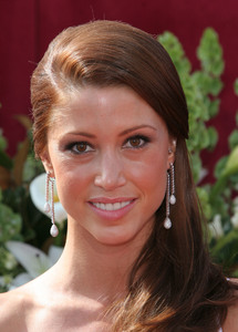 """The 57th Annual Primetime Emmy Awards""Shannon Elizabeth09-18-2005 / Shrine Auditorium / Los Angeles, CA - Image 21590_1198"