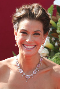 """The 57th Annual Primetime Emmy Awards""Teri Hatcher09-18-2005 / Shrine Auditorium / Los Angeles, CA - Image 21590_1201"
