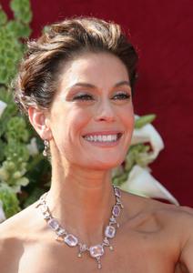 """The 57th Annual Primetime Emmy Awards""Teri Hatcher09-18-2005 / Shrine Auditorium / Los Angeles, CA - Image 21590_1202"