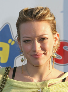 """12th Annual Dream Halloween Event to Benefit Children""Hilary Duff10-29-2005 / Barker Hanger / Santa Monica, CA - Image 21590_1226"