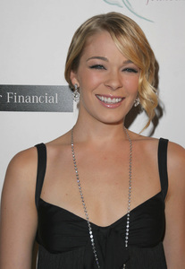 """8th Annual Lili Claire Foundation Benefit""LeAnn Rimes10-15-2005 / Beverly Hilton Hotel / Beverly Hills, CA - Image 21590_1238"