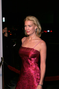 """""""In America"""" Premiere 11-20-03Laurie HoldenPhoto By Sam Kweskin - Image 21607_0050"""