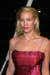 """""""In America"""" Premiere 11-20-03Laurie HoldenPhoto By Sam Kweskin - Image 21607_0052"""