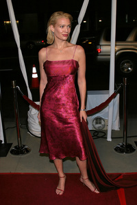 """""""In America"""" Premiere 11-20-03Laurie HoldenPhoto By Sam Kweskin - Image 21607_0055"""