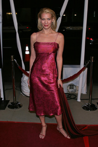 """""""In America"""" Premiere 11-20-03Laurie HoldenPhoto By Sam Kweskin - Image 21607_0056"""