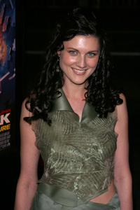 """Paycheck"" Premiere 12/18/03Michelle HarrisonPhoto By Sam Kweskin - Image 21686_0042"