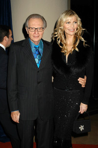 """""""UNICEF Goodwill Gala: 50 Years of Celebrity Advocacy"""" 12-03-03Larry King & wife Shawn SouthwickMPTV - Image 21709_0117"""