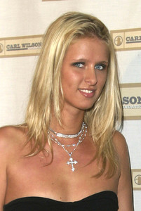 """""""An Evening with Brian Wilson and Friends: 5th Annual Concert"""" 10-16-03Nicky HiltonMPTV - Image 21709_0138"""
