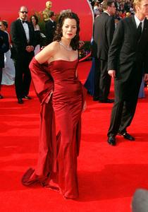 """73rd Annual Academy Awards"" 03/25/01Marcia Gay Harden © 2001 AMPAS/MPTV - Image 21724_0001"