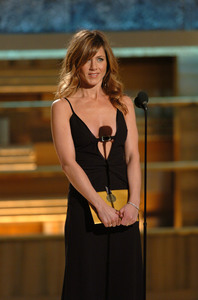 """Golden Globe Awards"" 1-25-2004Jennifer Aniston © 2004 MMIV Hollywood Foreign Press Association - Image 21726_0138"