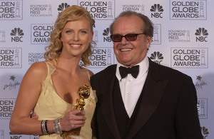 """Golden Globe Awards"" 1-25-2004Charlize Theron & Jack Nicholson © 2004 MMIV Hollywood Foreign Press Association - Image 21726_0148"