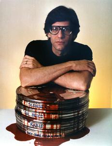 """Scanners""Dir. David Cronenberg1981 Avco EmbassyPhoto by Bob Villard** I.V. - Image 21739_0002"