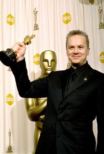 """76th Annual Academy Awards"" February 29, 2004Tim Robbins © 2004 AMPAS - Image 21781_0001"