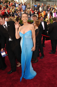 """""""76th Annual Academy Awards"""" February 29, 2004Jamie Lee Curtis © 2004 AMPAS - Image 21781_0007"""