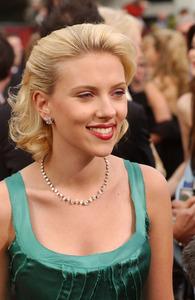 """76th Annual Academy Awards"" February 29, 2004Scarlett Johansson © 2004 AMPAS - Image 21781_0009"