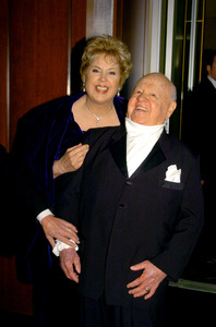 """76th Annual Academy Awards"" February 29, 2004Mickey Rooney & © 2004 AMPAS - Image 21781_0016"