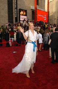 """76th Annual Academy Awards"" February 29, 2004Uma Thurman © 2004 AMPAS - Image 21781_0026"