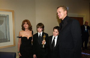"""76th Annual Academy Awards"" February 29, 2004Susan Sarandon, & Tim Robbins © 2004 AMPAS - Image 21781_0049"