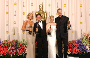 """76th Annual Academy Awards"" February 29, 2004Charlize Theron, Sean Penn, Renee Zellweger, & Tim Robbins © 2004 AMPAS - Image 21781_0057"