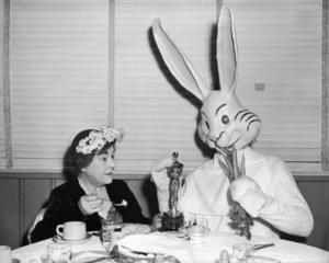 "Josephine Hull and ""Harvey"" 1951** I.V / M.T. - Image 21792_0011"